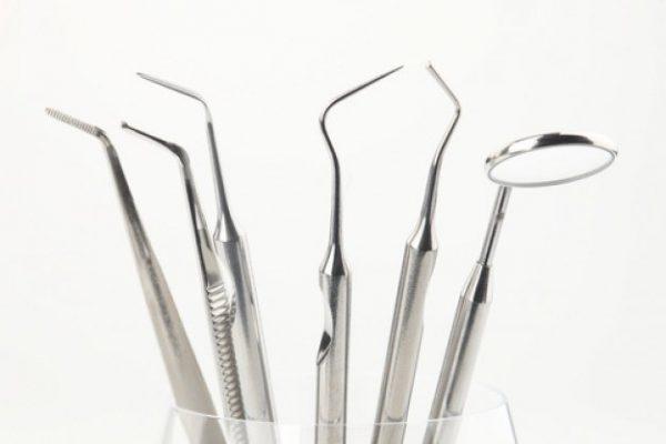 Batteri dei denti 'complici' della polmonite
